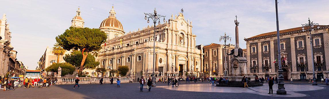 Die Kathedrale von Catania auf Sizilien