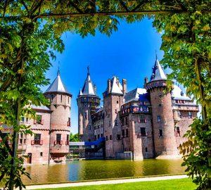 Kasteel de Haar bei Utrecht, keine 40 Minuten von Amsterdam gelegen, ist das größte Schloss der Niederlande.