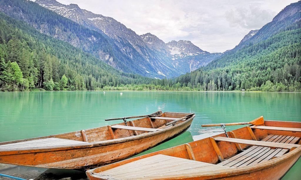 Ruderboote im Jägersee